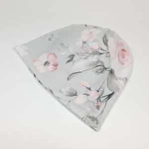Roosad roosid hallil meriinovoodriga beanie müts