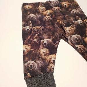 Pruunkarudega püksid
